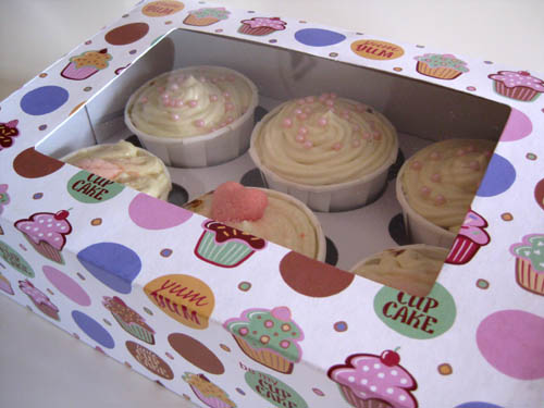 Cupcakes-macadamia-chocolat-blanc-boite