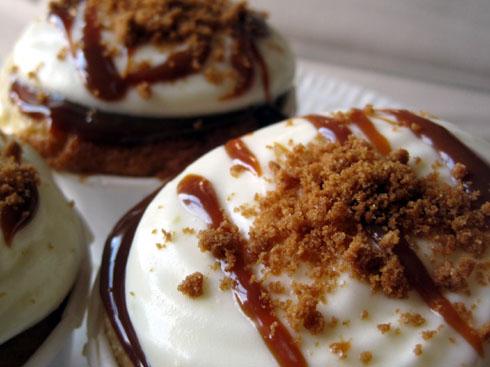 Cupcakes-confiture-lait4