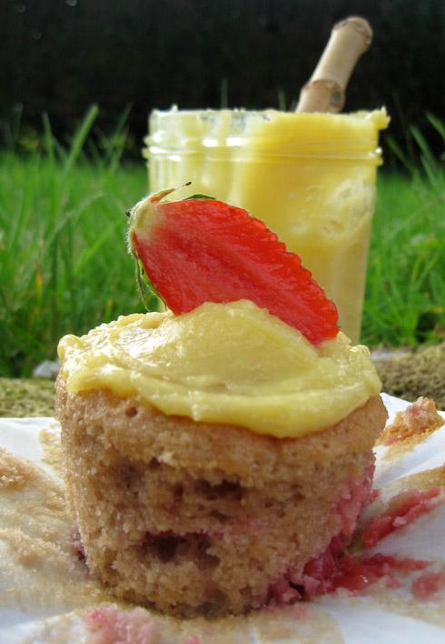Cupcakes-fraises-lemon-curd8