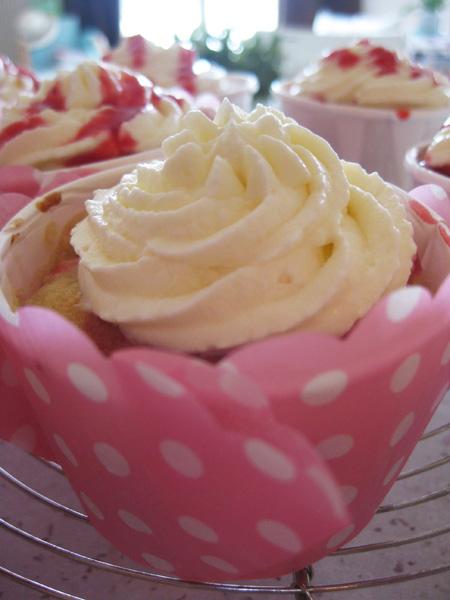 Cupcakes-peche-melba6