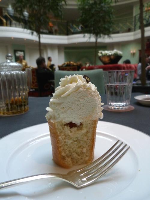 Shangri-la-cupcakes10