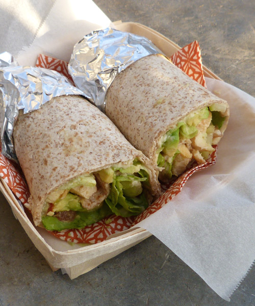 Wrap-poulet-hoummous3